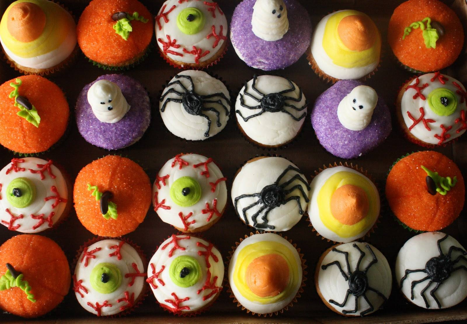 Halloween Colorful Small Cupcakes