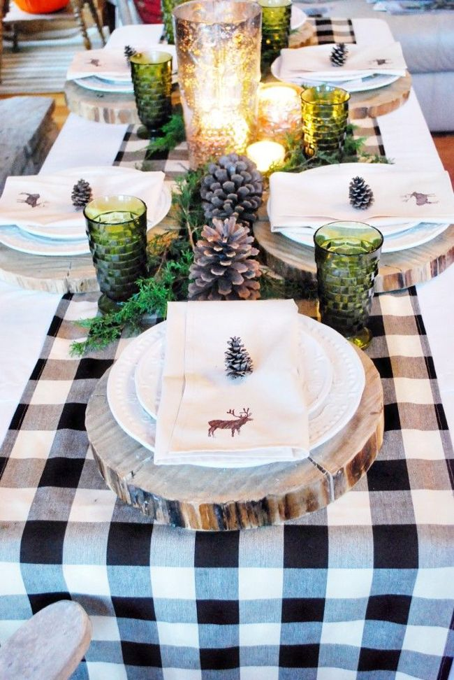 Christmas Table decoration with wooden trays and deer napkins