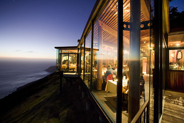 Hotel Post Ranch in California restaurant with view