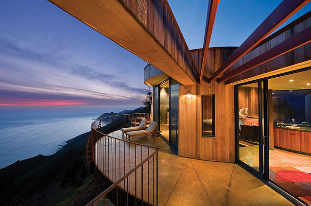Hotel Post Ranch terrace