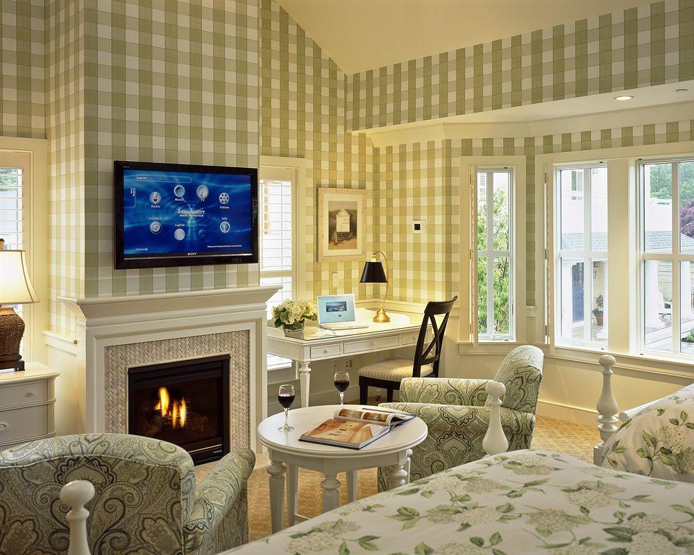 Hotel Wequassett bedroom