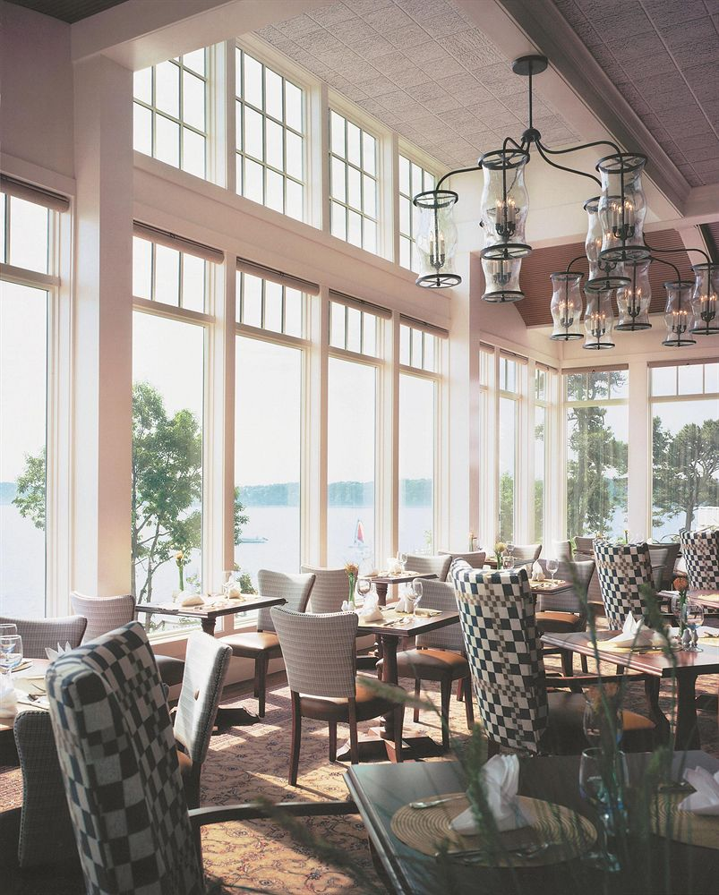Hotel Wequassett dinning room