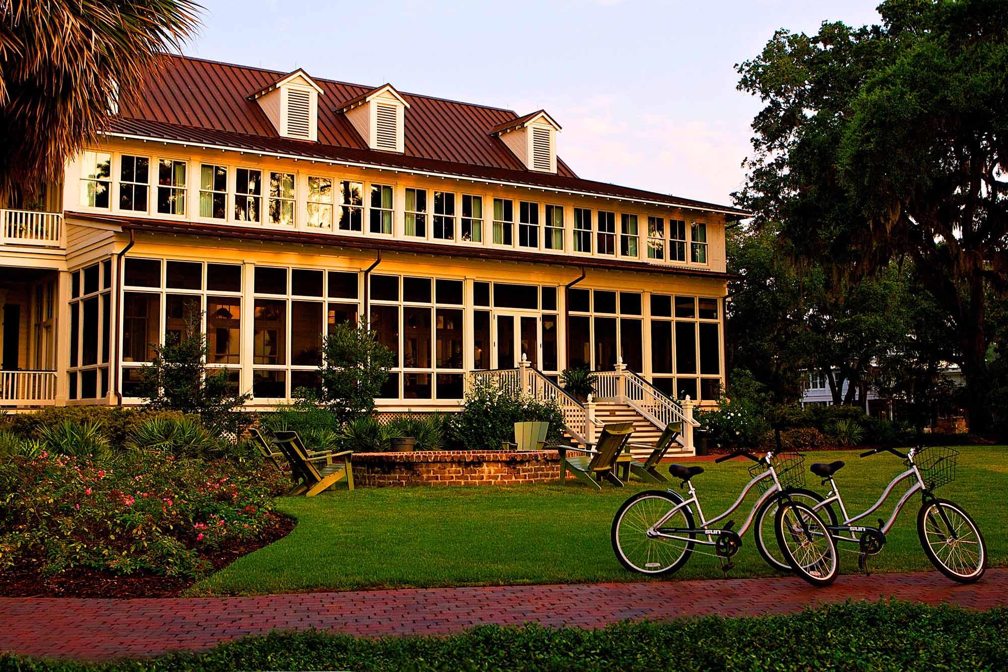 Motel Palmetto Bluff in South Carolina accommodations exterior