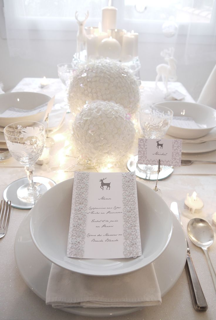 White Christmas table with balls
