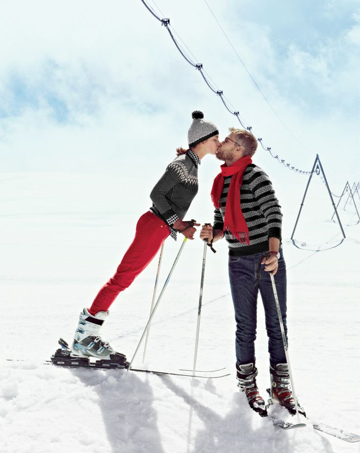 ski couple kissing romantic