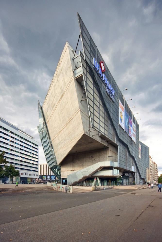Deconstructive Architecture Wonders PRE TEND Be Curious
