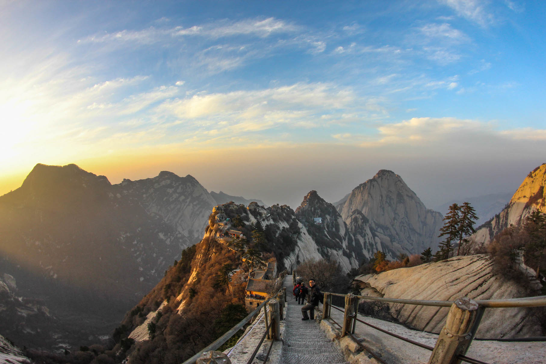 Huashan Mountain the most dangerous hiking China