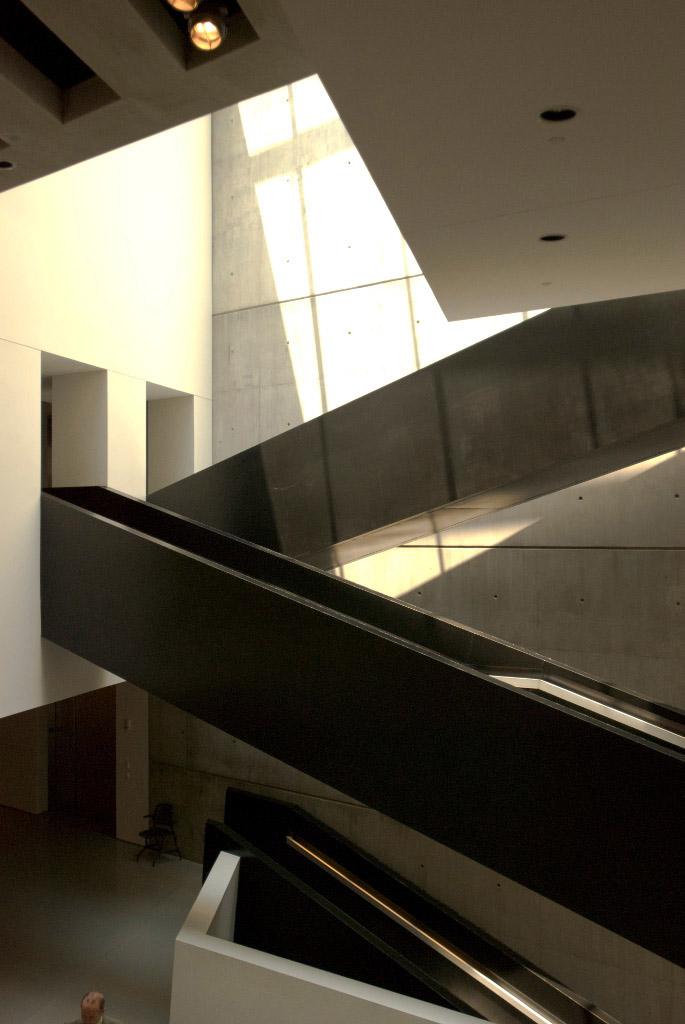 Modern arts center by Zaha Hadid, Ohio 3