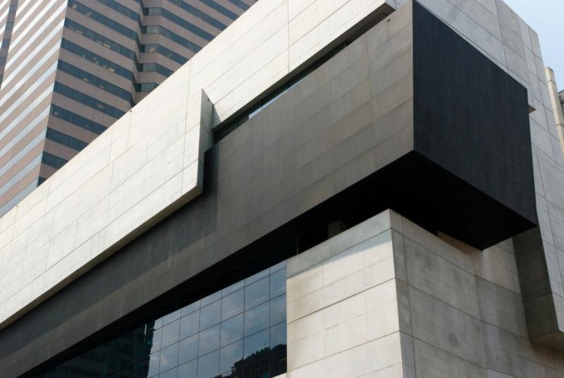 Modern arts center by Zaha Hadid, Ohio 4