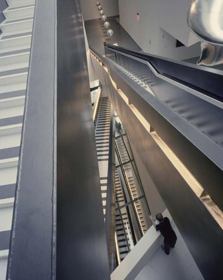 Modern arts center by Zaha Hadid, Ohio 5