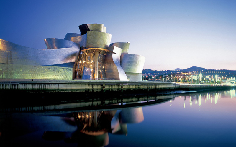 The Guggenheim Museum in Bilbao by Frank Gehry 3