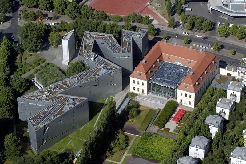 The Jewish Museum by Daniel Libeskind, Berlin 4
