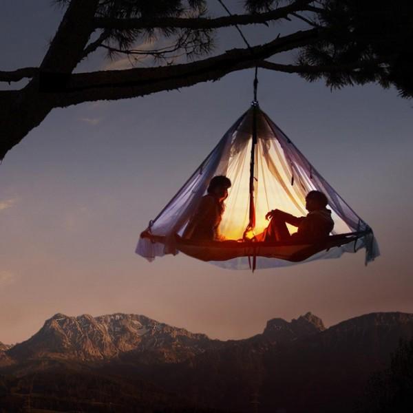 Tarzan hanging tent