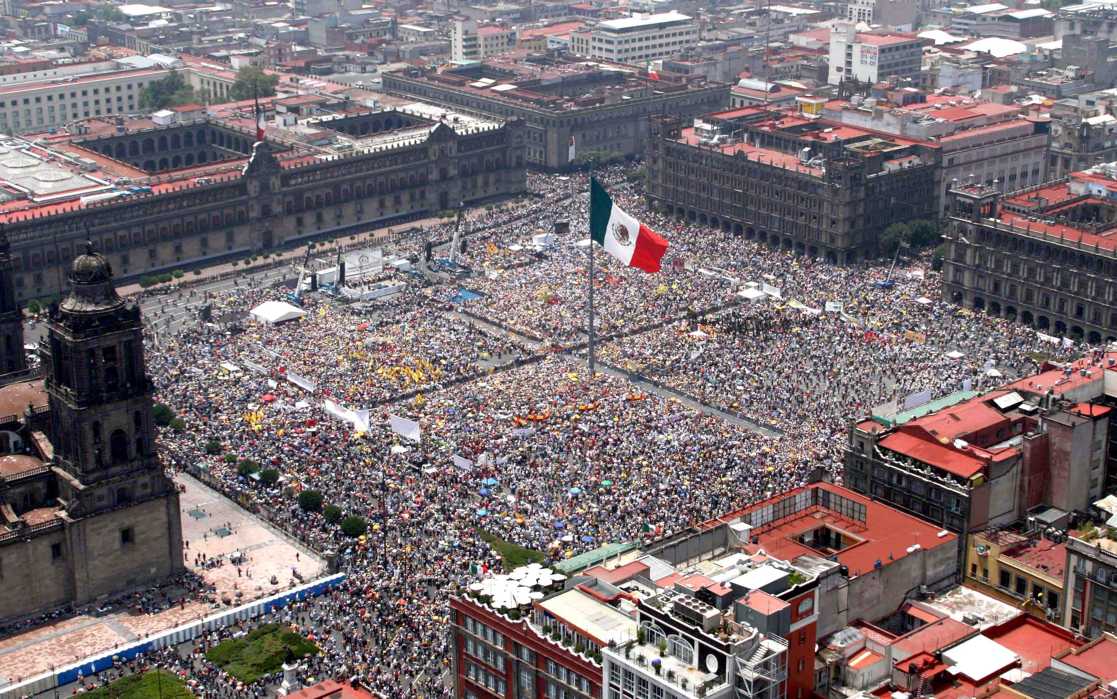 Zocalo in Mexico full of people