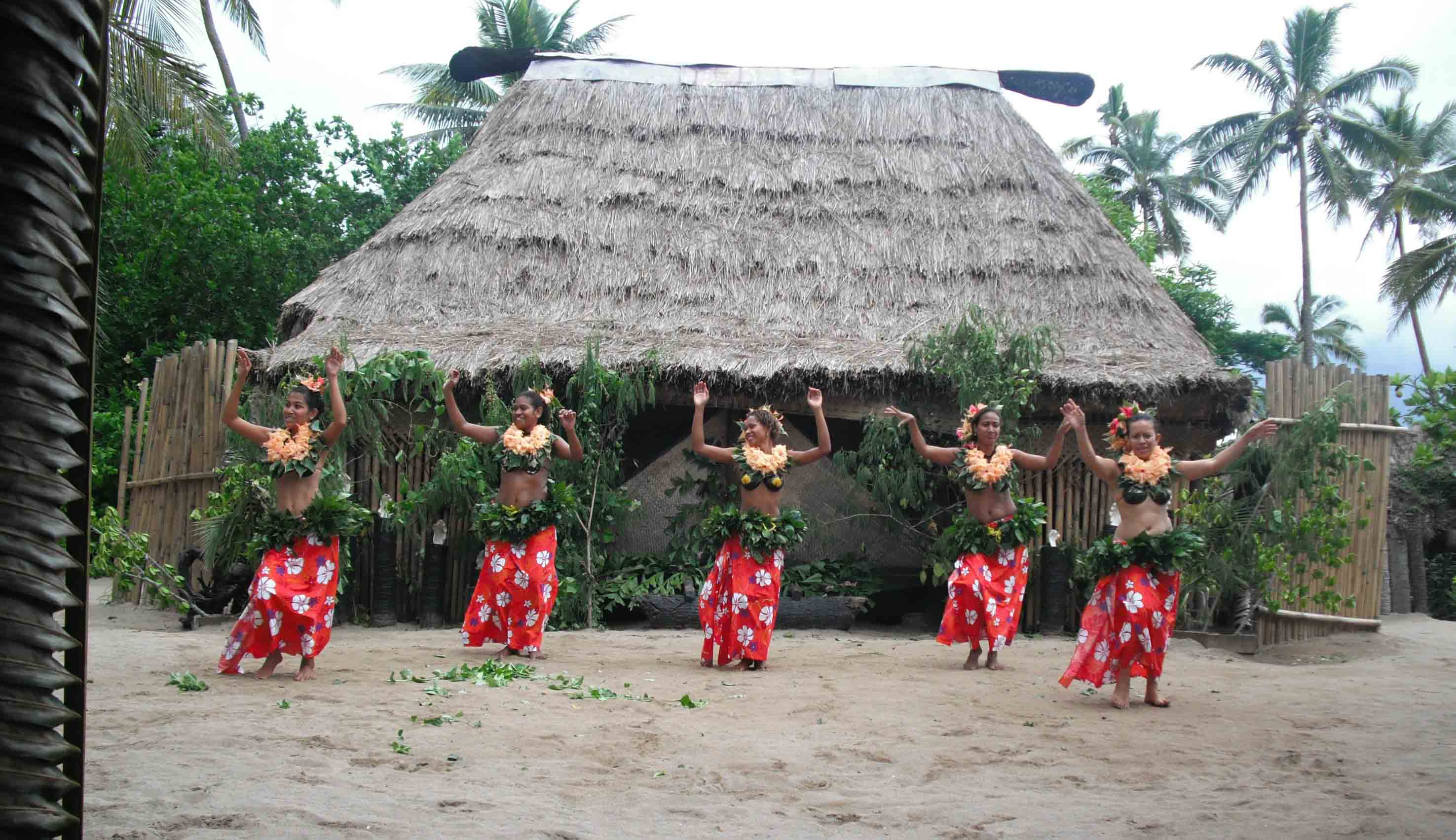 Culture dancing women