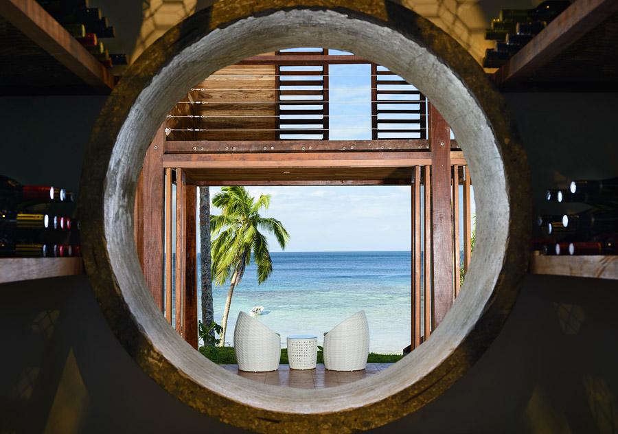 resort+beachfront+restaurant+view