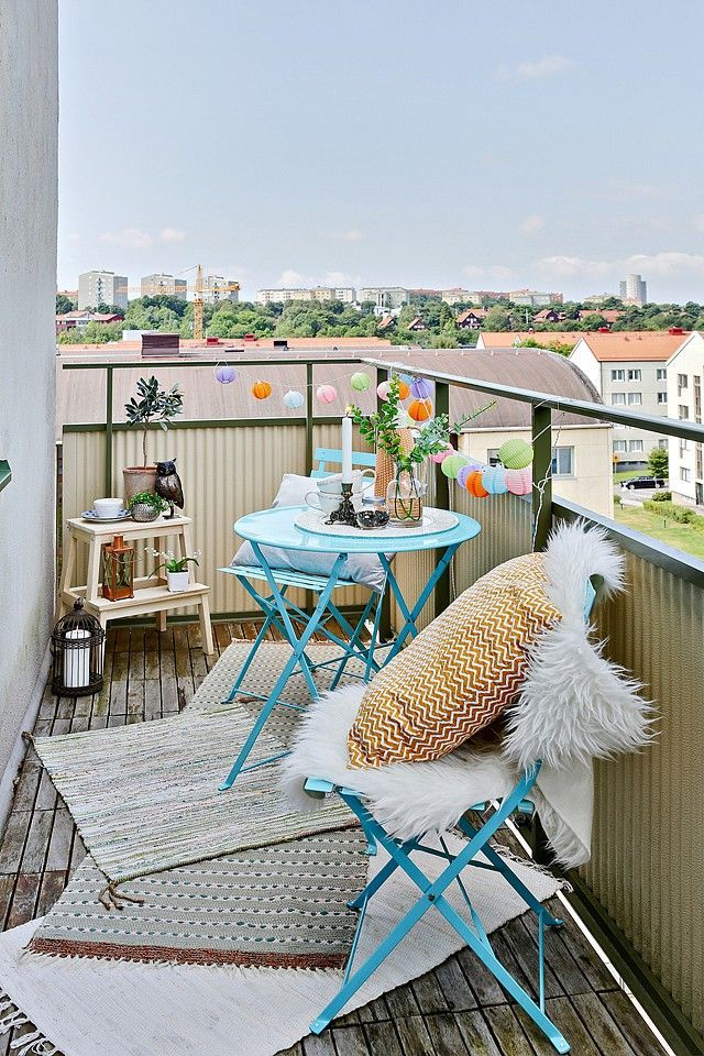 summer decoration for small balcony