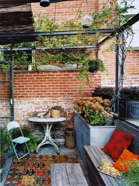 vintage outdoor furnitures with flowers