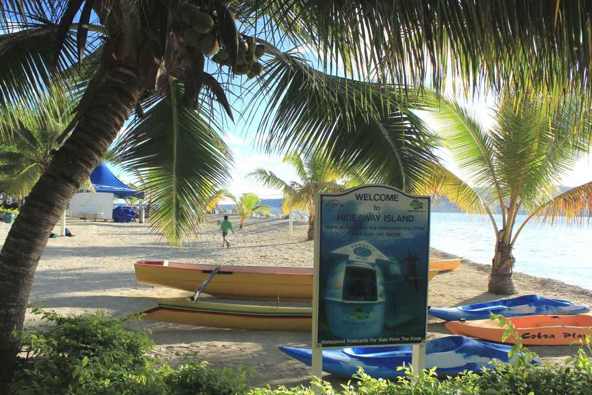 Underwater-post-office-in-Vanuatu beach with palms