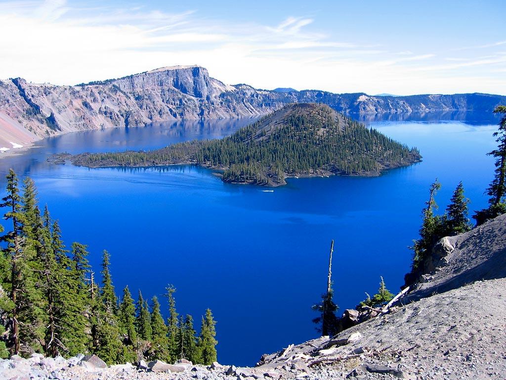 Mazama lake in Oregon, United States