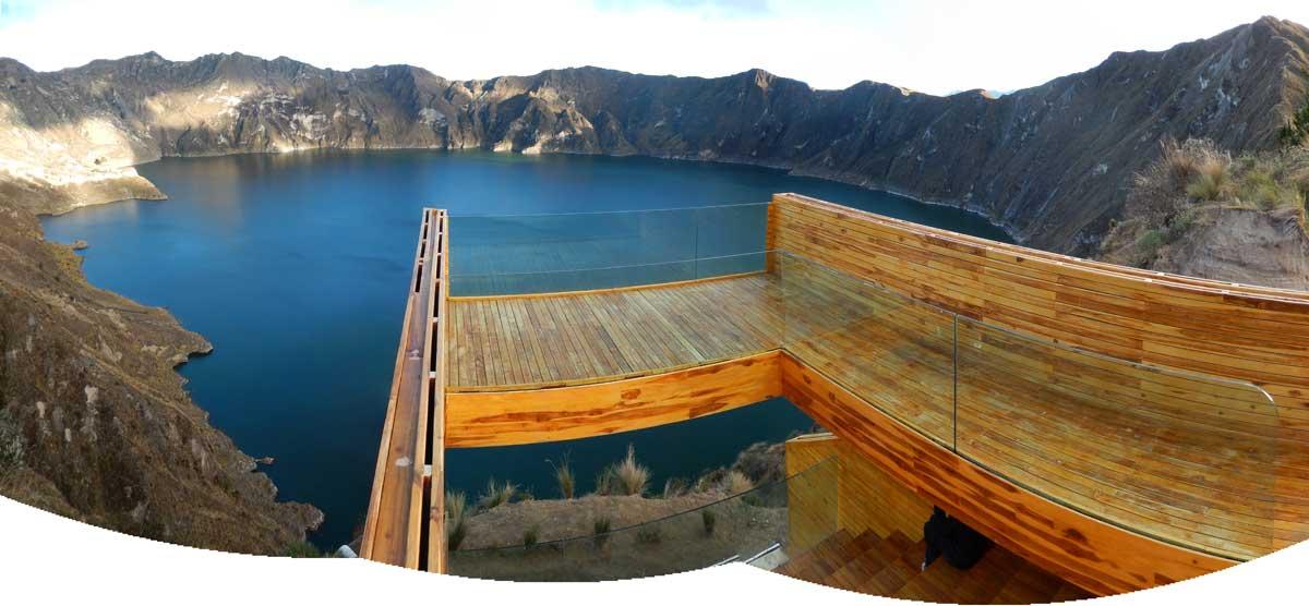 Quilotoa-wooden-platform-Ecuador