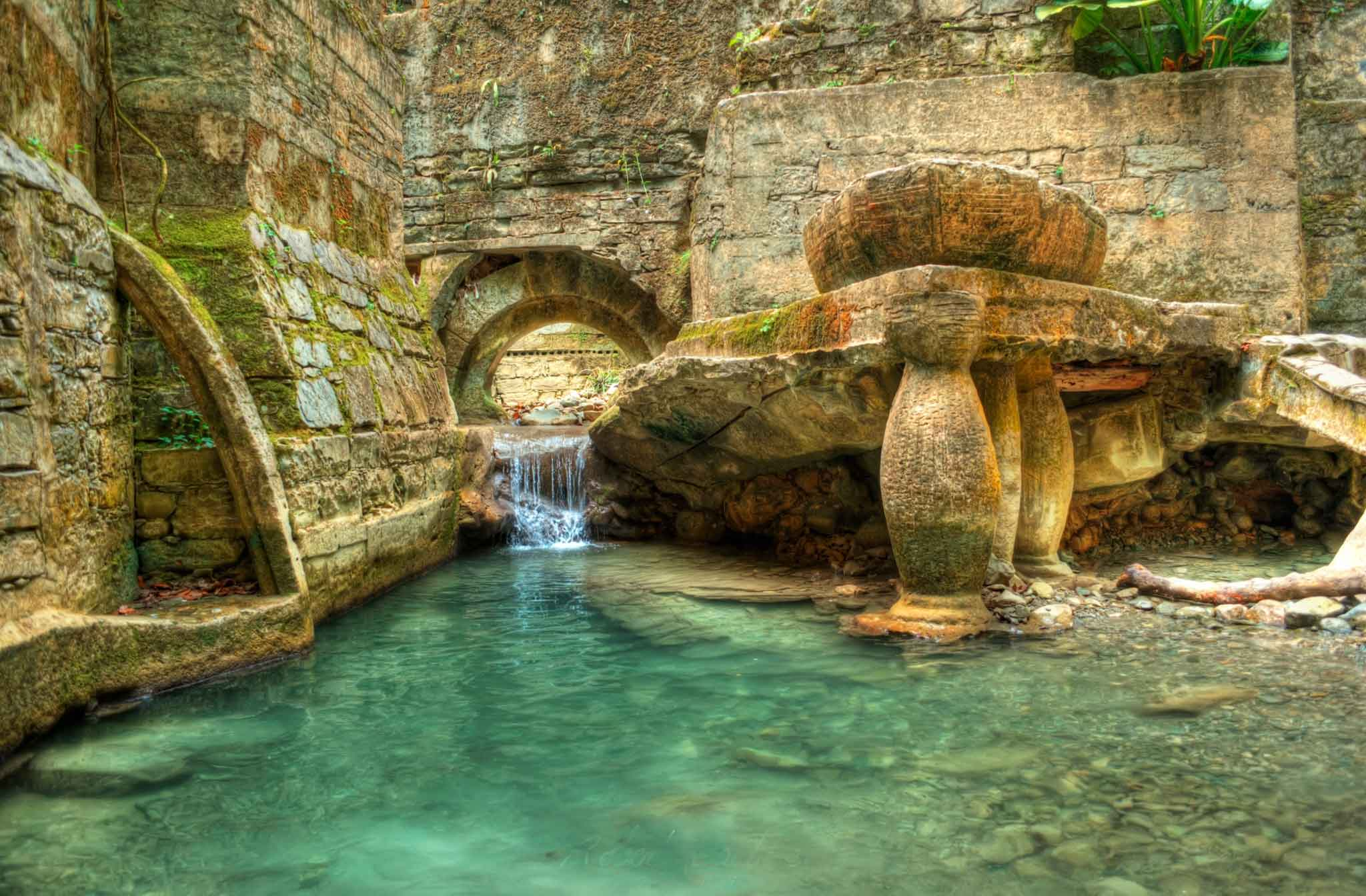 The-Most-Beautiful-Gardens-In-The-World-Las-Pozas-(Las-Pozas),-Mexico