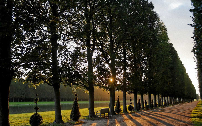 Versailles,-France-3