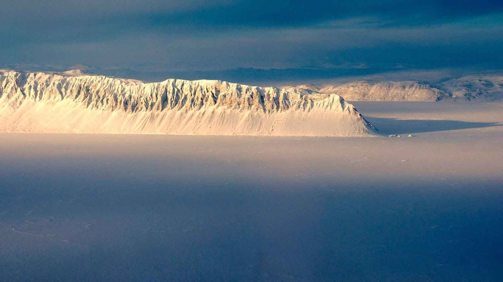 Eureka,Canada,-huge-ice block,-iceberg, The Coldest Places in the World