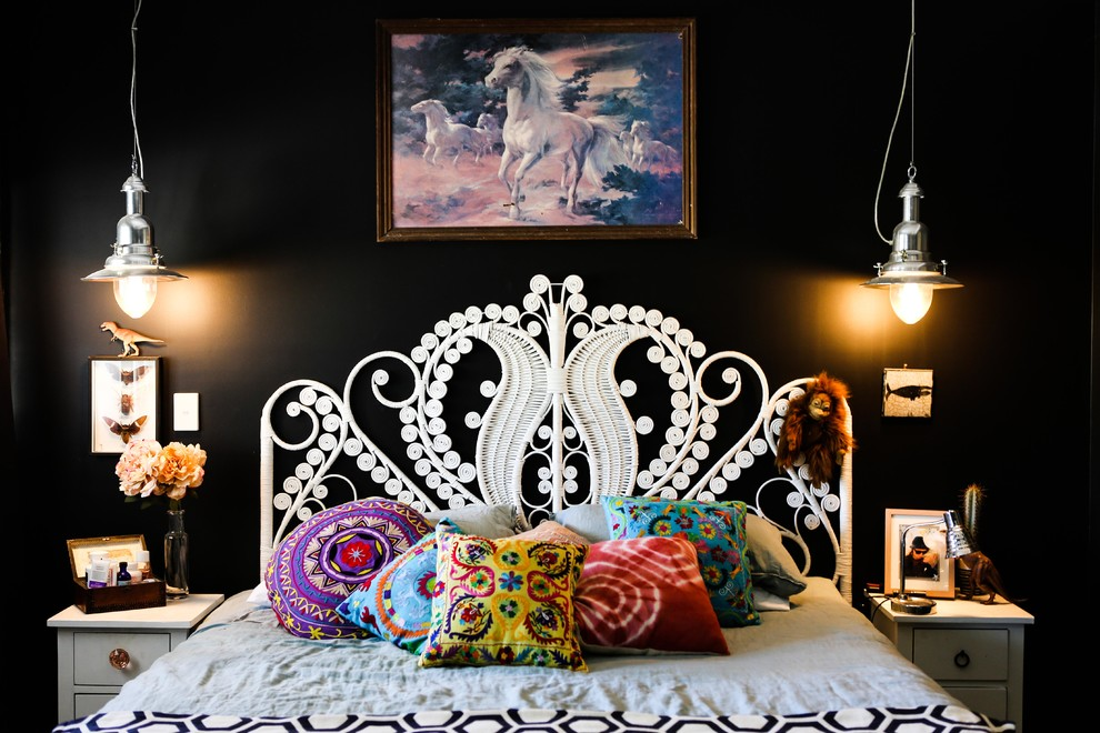 2-black-wall-paint-eclectic-design-bedroom