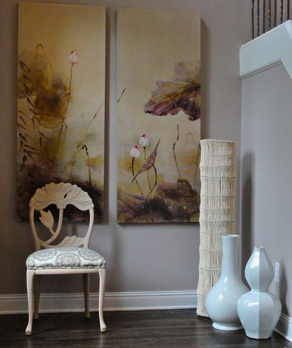 2-porcelain-vases-in-the-hallway-decorative-floor-vases-in-contemporary-design