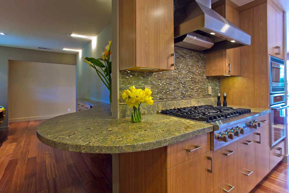 rounded-counter-countertops-made-of-granite