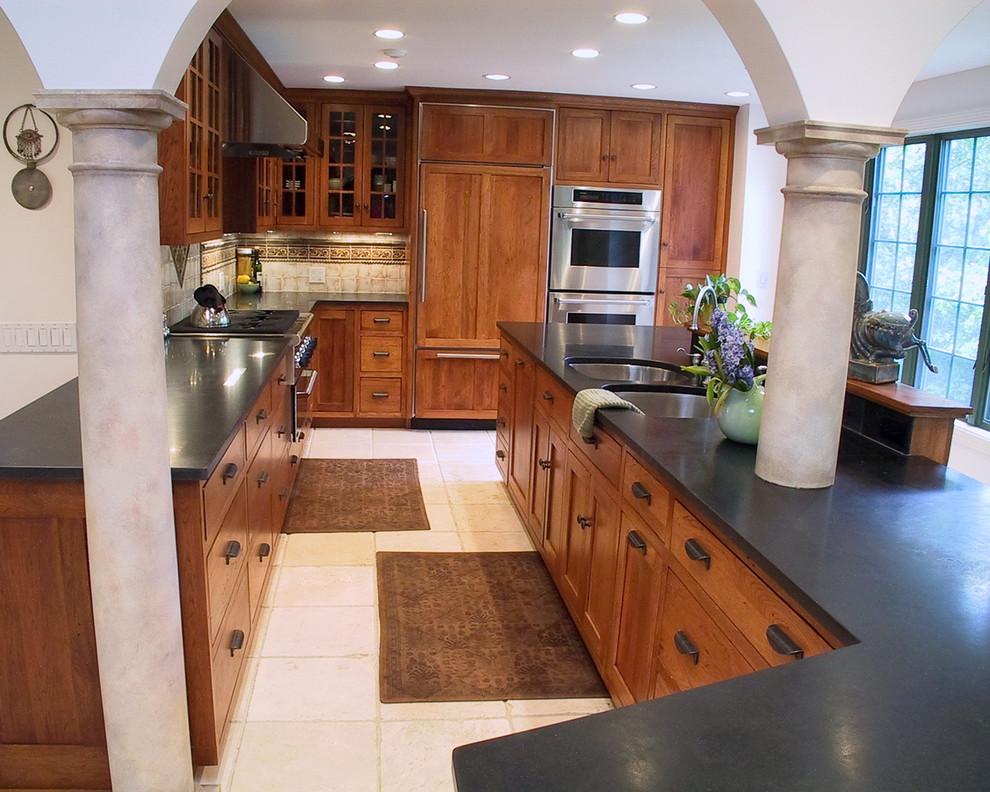 6-black-and-oak-worktops-made-of-granite
