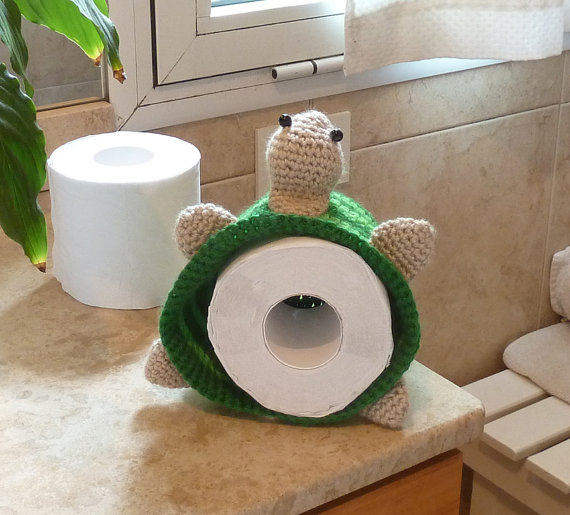 7-storage-toilet-paper-hand-knitted-turtle-unique-decorating-ideas-bathroom