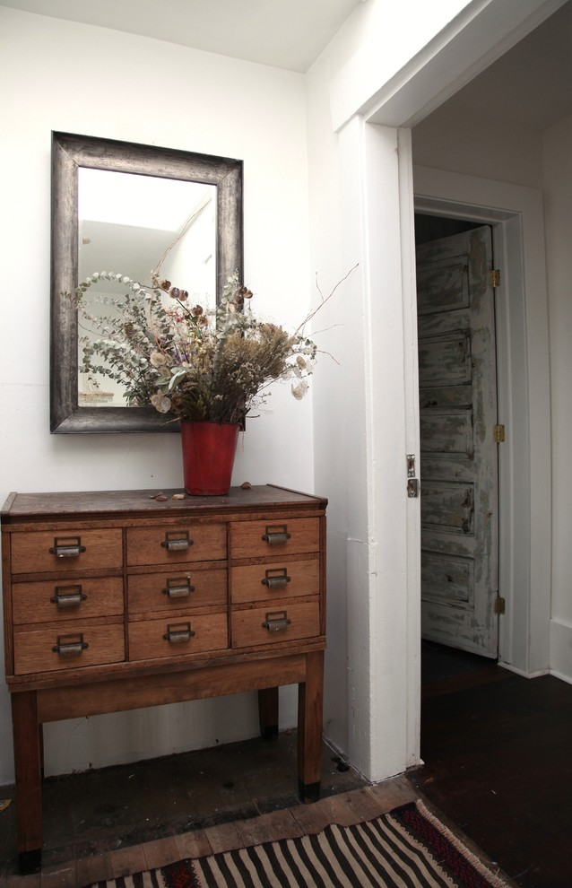 authentic-vintage-chest-of-drawers-eclectic-apartment-vintage-rustic