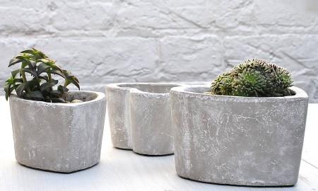 concrete-bucket-planter-flower-heart-succulent-planters