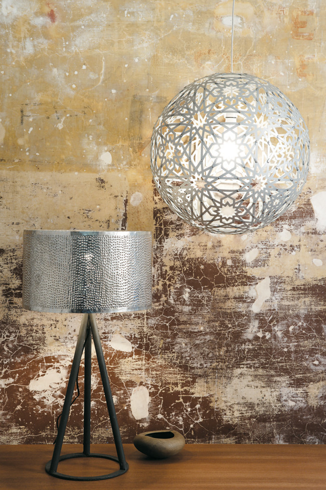 creative-lamp-shades-device-setup-with-industrial-furniture