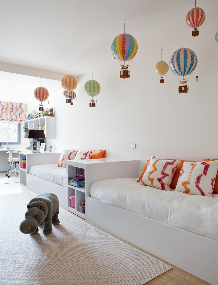 dreamy-ambience-in-white-hot-air-balloon-nursery-ideas