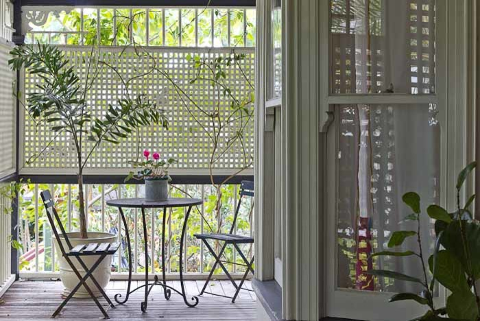 eclectic-and-stylish-design-of-the-veranda