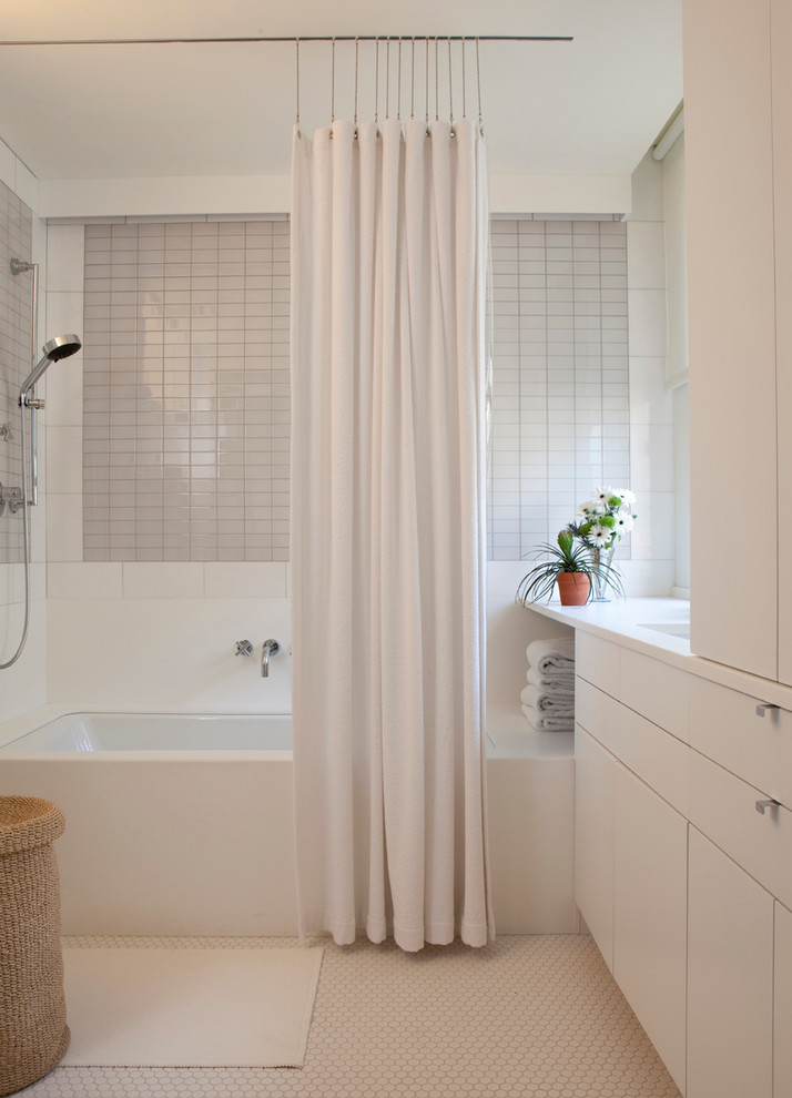 elegant-white-bathroom-shower-curtain-design