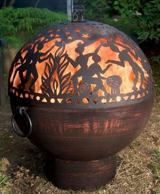 engraved-sphere-from-wooden-garden-decoration
