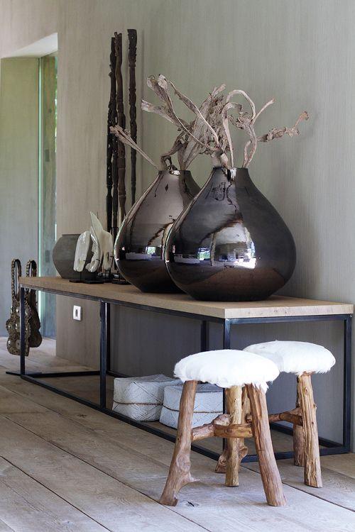 floor-vases-in-brown-decorative-floor-vases-in-contemporary-design