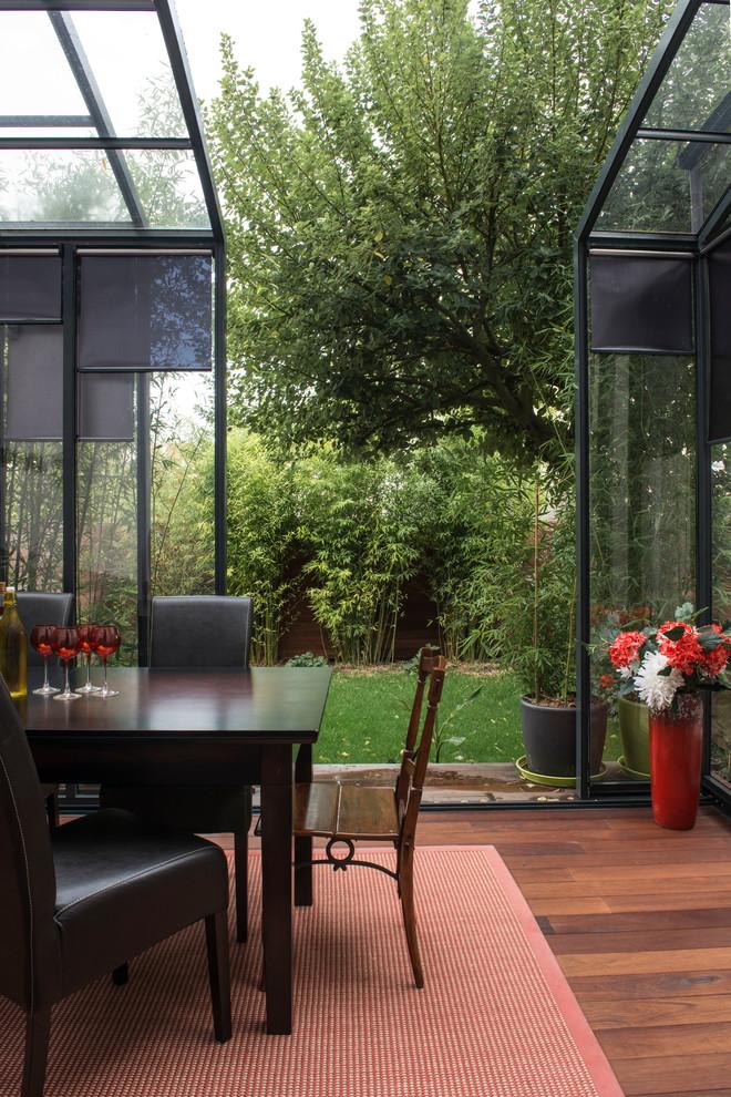 glass-veranda-with-sliding-design-the-porch
