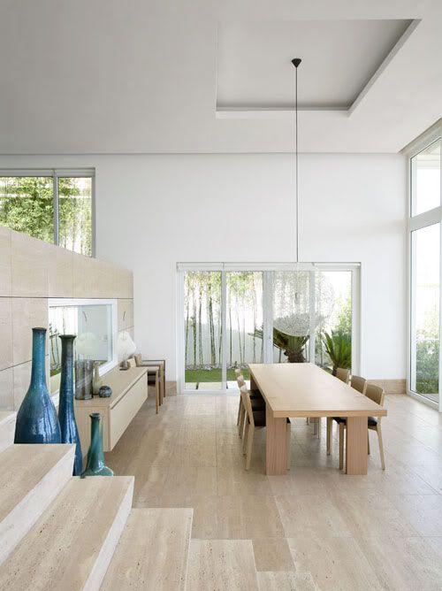 high-floor-vases-in-blue-decorative-floor-vases-in-contemporary-design