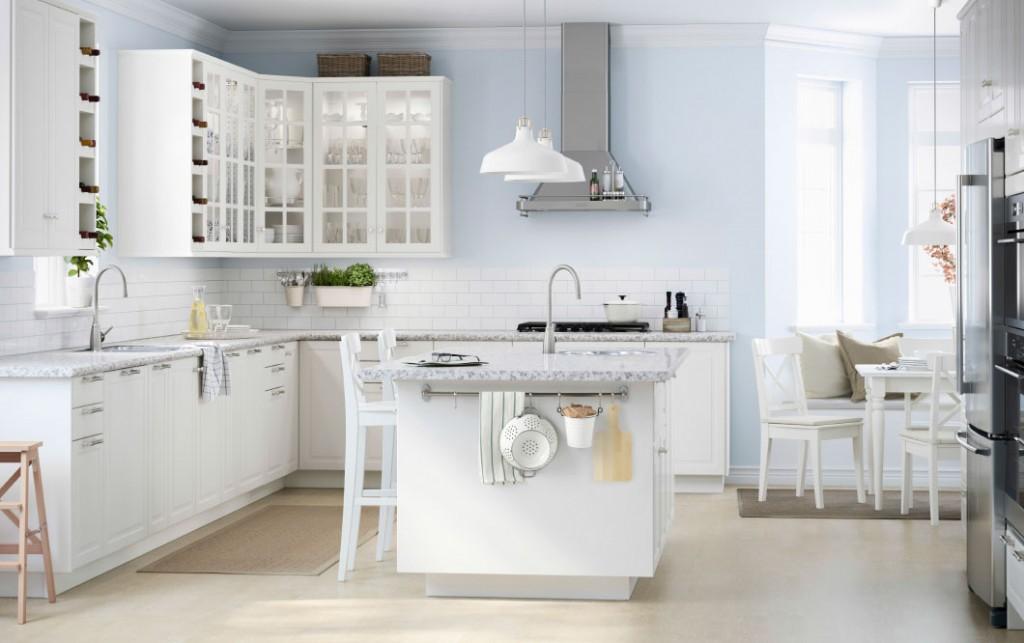 Ikea Kitchen In White Modern Classic Glasturchen Kitchen