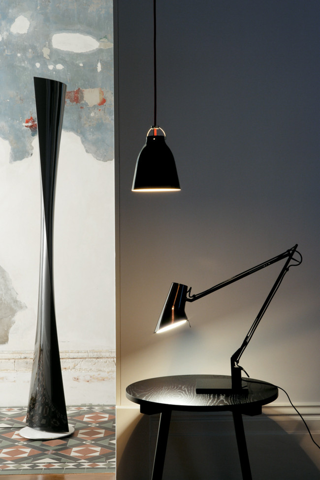 lighting-in-the-contemporary-urban-interior-design-decorated-with-industrial-furniture