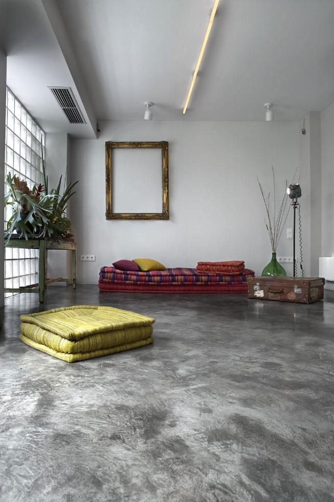 living-room-furnishings-transform-of-the-garage