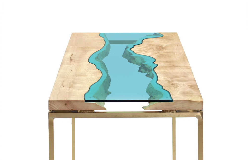 maple-wood-table-top-blue-glass-wood-table