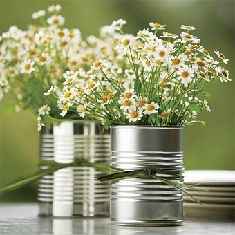 reusing-boxes-modern-vases-diy-ideas
