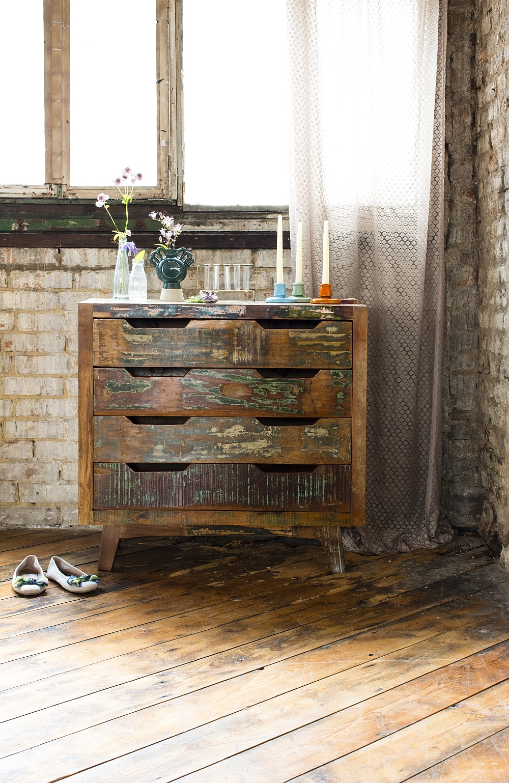 rustic-chest-of-drawers-from-old-oak-dresser