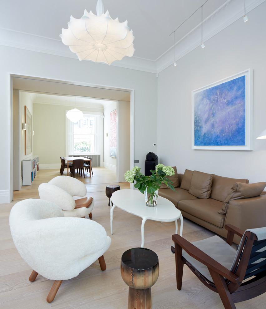 simple-and-modern-furnishings-seating-furniture